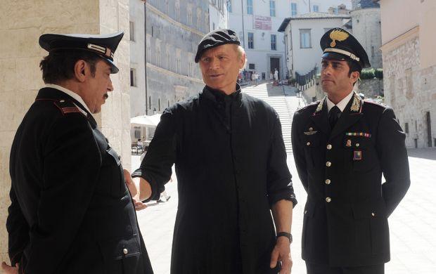 Don Matteo 9, anticipazioni: prima puntata del 28 Luglio (riassunto e video streaming della puntata)