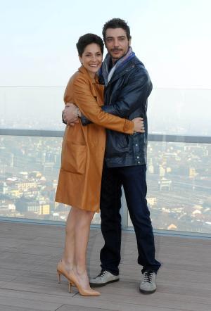 Le mani dentro la città, Simona Cavallari e Giuseppe Zeno da venerdi 14 marzo su Canale 5