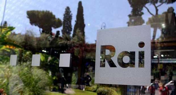La riforma della Rai secondo Renzi: meno tg, meno canali e migliore ripartizione del canone