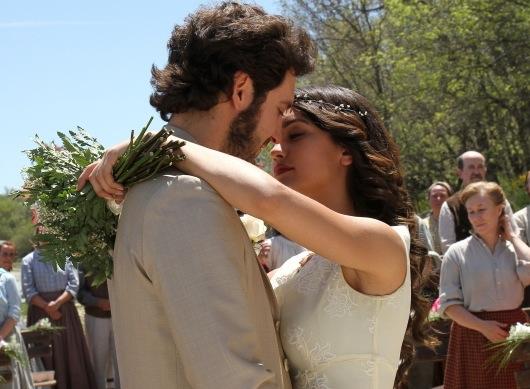 Il Segreto anticipazioni: le immagini del matrimonio di Pepa e Tristan [Foto]