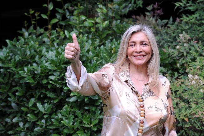 Mara Venier, lontana dalla tv con gioia ma prende in considerazione Amici di Maria