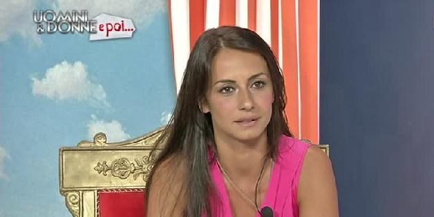Uomini e donne, Anna Munafò e la scomoda verità su Emanuele?