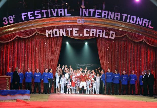 Stasera in tv, 24 dicembre: Santa Messa di Natale, Concerto di Natale, Festival del Circo