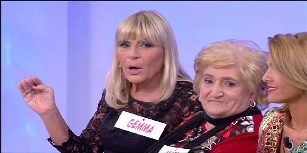 Uomini e donne, Gemma curiosa o gelosa? (video trono over del 22 ottobre)