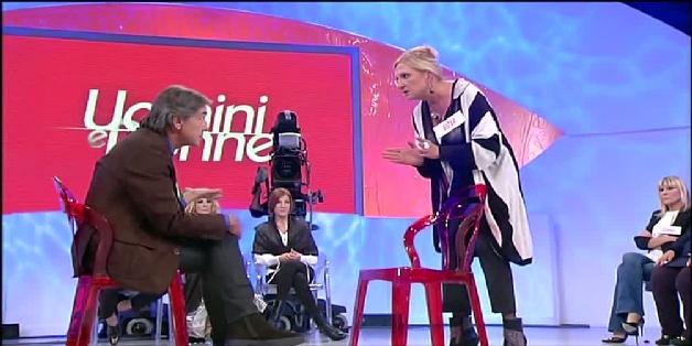 Uomini e donne, Ester chiude con Claudio (video trono over del 30 ottobre)