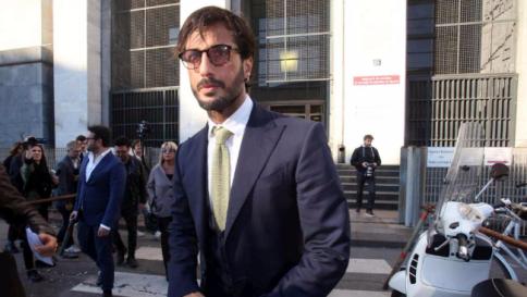 """Fabrizio Corona, parla la mamma: """"Fabrizio è vittima di un'ingiustizia…"""""""