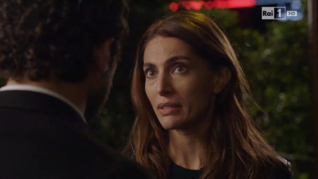 È arrivata la felicità, anticipazioni decima puntata del 3 Dicembre: Valeria partorisce il bambino; Orlando e Angelica vogliono convivere, ma…