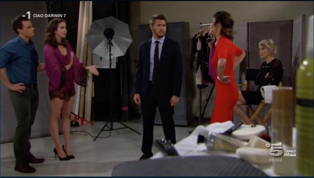 Beautiful, Caroline come Belen un gossip ambulante (puntata del 17 marzo)