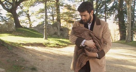 Il Segreto, Amalia si impossessa del bambino di Ines (puntata del 15 giugno)