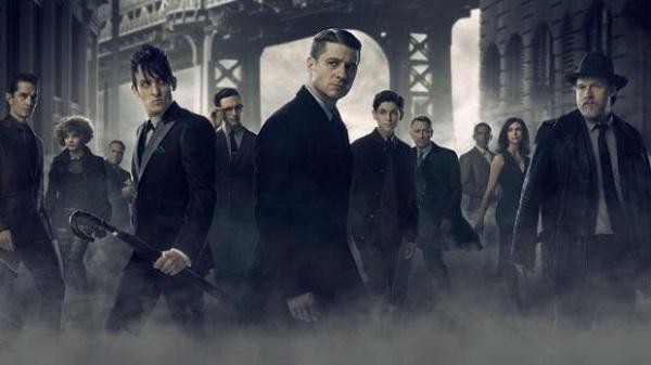 Il primo trailer di Gotham 3 introduce la Corte dei Gufi