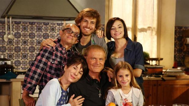 Stasera in tv, i programmi della serata del 4 agosto: Don Matteo 9, Tutte contro lui