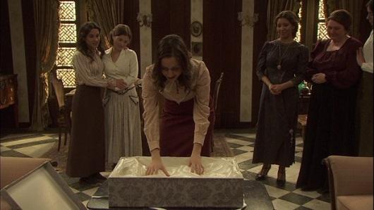 Il Segreto, l'abito da sposa di Pepa (puntata del 18 agosto)