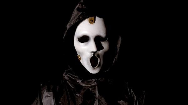 Scream si rinnova per una terza stagione, ma avrà nuovi showrunner
