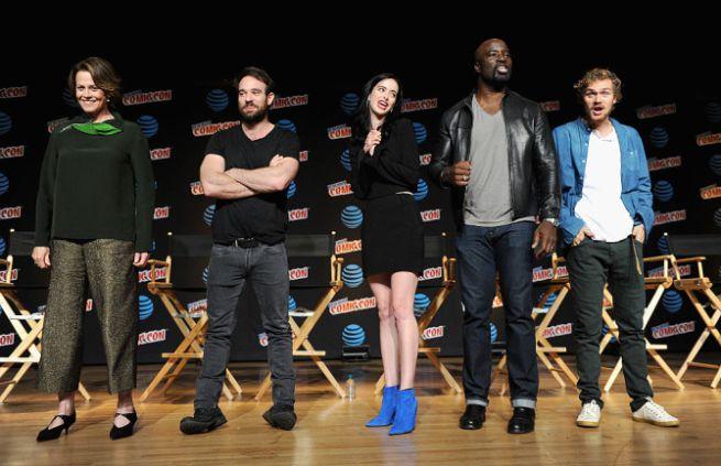 Marvel/Netflix novità: Sigourney Weaver in The Defenders, il nuovo trailer e la fantastica gif di Iron Fist