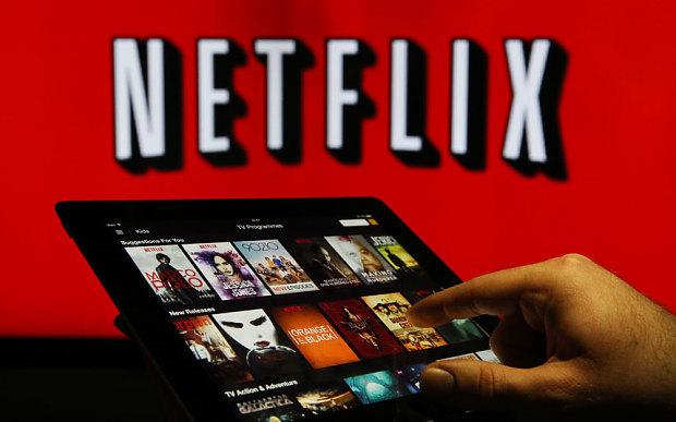 Netflix, prossimamente contenuti anche senza connessione internet? Intanto è possibile anche con Sky go plus