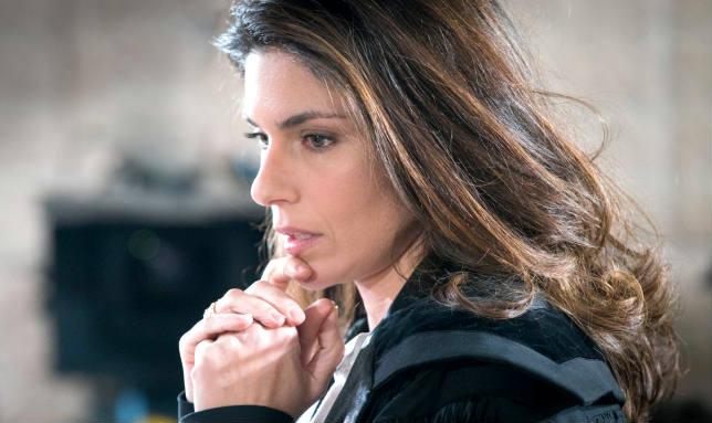Sorelle, Chiara torna a casa tra misteri e sentimenti forti (video streaming puntata del 9 marzo)