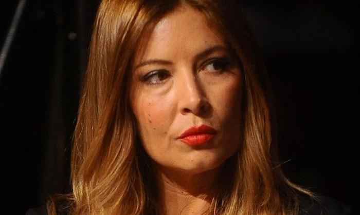 Alba Parietti, nuovo durissimo attacco alla Lucarelli