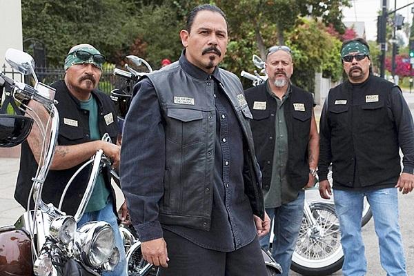 Sons of Anarchy: il pilot di Mayans MC sarà rigirato, iniziati i recasting