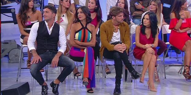"""Uomini e Donne, Andrea Damante difende Giulia: """"ha subito un attacco perbenista"""""""