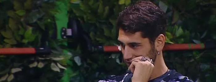 Grande fratello vip, Jeremias Rodriguez vuole lasciare il programma? La lettera di Belen