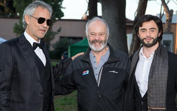 La musica del silenzio, anticipazioni: il commento del regista Michael Radford sul film tv su Andrea Bocelli