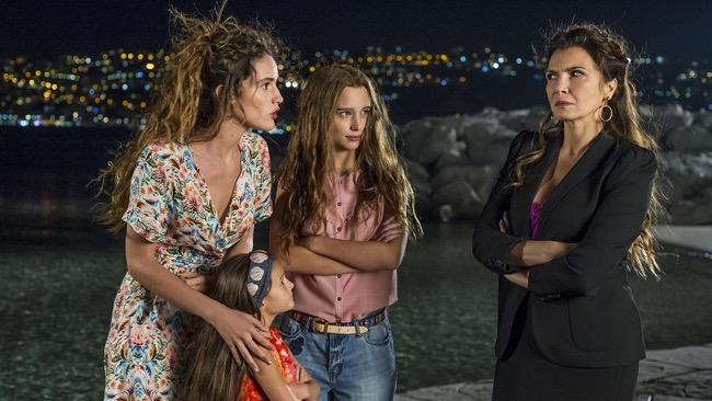Guida Tv del 23 novembre: Sirene, Nemo-Nessuno escluso, Le tre rose di Eva 4