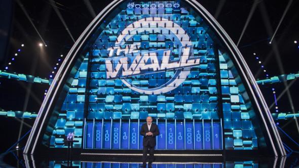 The Wall, Gerry Scotti conduce il nuovo spettacolare game show di Canale 5