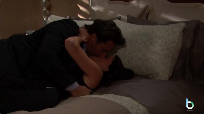 Ridge e Quinn a letto copy