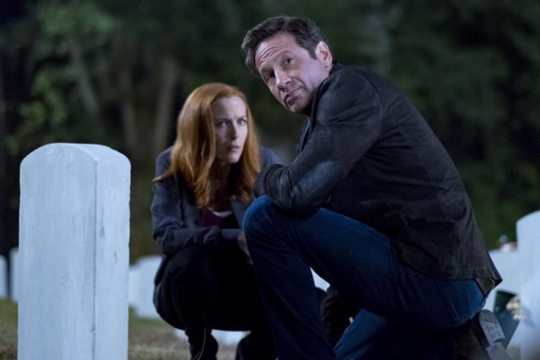 X-Files: Chris Carter si scusa per le domande irrisolte