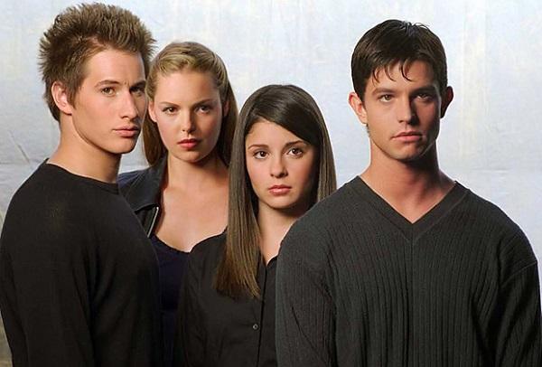 The CW: ordinato il Pilot per il reboot di Roswell e altre cinque potenziali serie