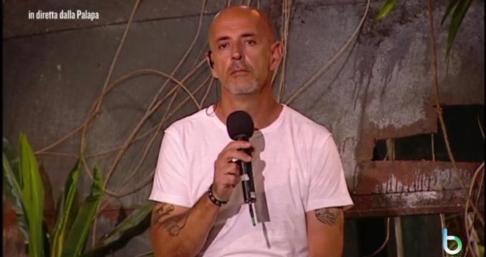 Andrea Marchi autore Isola dei famosi copy