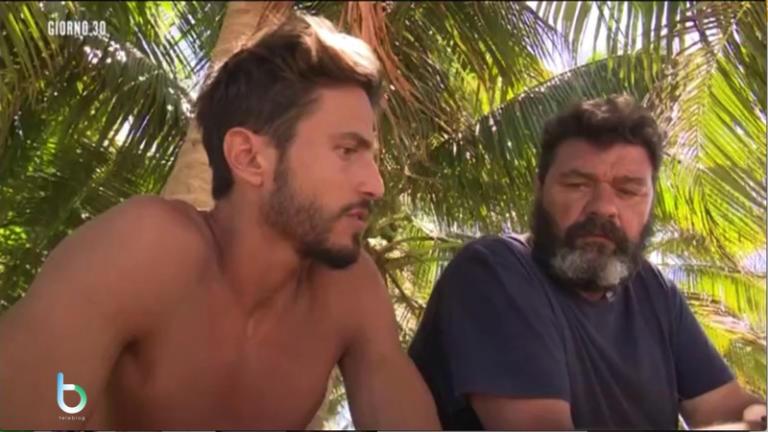 L'isola dei famosi, Bianca torna sull'isola: scontro tra Marco e Franco [Video]