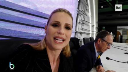Michelle Hunziker alla conferenza stampa seconda serata copy