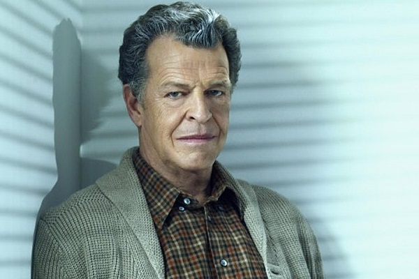Legends of Tomorrow 3: svelato il secondo ruolo di John Noble!