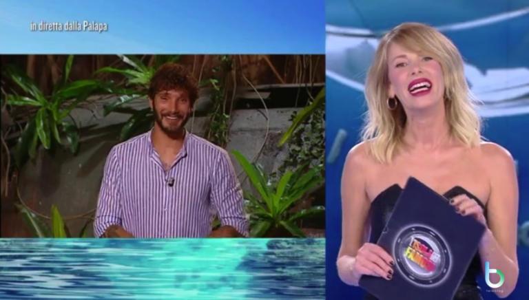 Ascolti tv 20 marzo: L'isola dei famosi quasi battuta dal film di Rai Uno