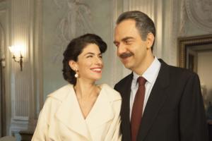 """""""Questo nostro amore – 80"""", tornano Anna Valle e Neri Marcorè con i nuovi episodi il 1° aprile [Personaggi e foto]"""