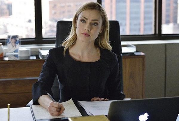 Suits: Amanda Schull promossa a ruolo regolare nell'ottava stagione