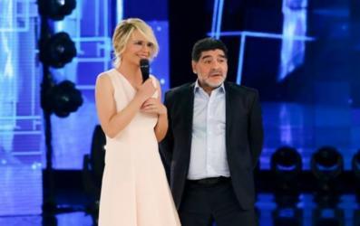 Diego Armando Maradona al serale di Amici