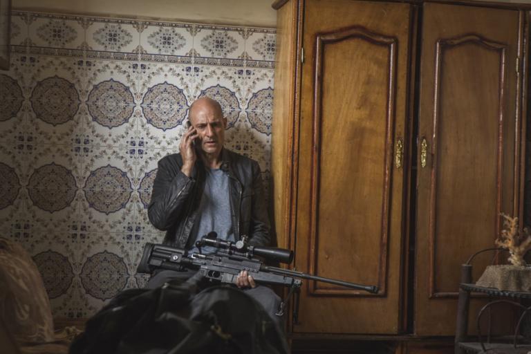 Deep State, dal 9 aprile su Fox la nuova avvincente spy thriller con Mark Strong