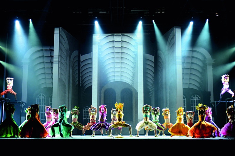"""""""Romeo e Giulietta. Ama e cambia il mondo"""", il musical di Peparini arriva a Napoli [Video]"""