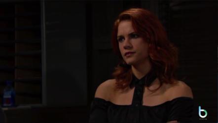 Sally convince CJ ad aspettare copy