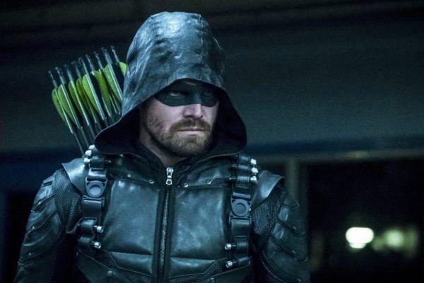 Arrow: il commovente addio di Stephen Amell alla serie