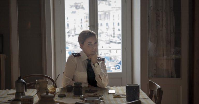 Il capitano Maria, Vanessa Incontrada è un capitano dei Carabinieri nella nuova fiction Rai