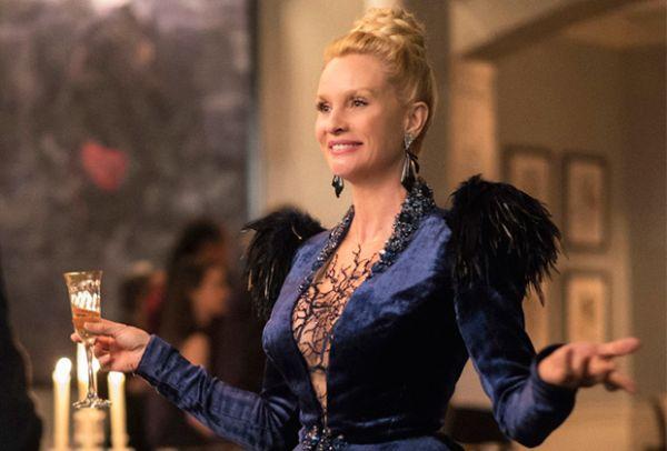 Dynasty: ruolo regolare per Nicollette Sheridan nella seconda stagione
