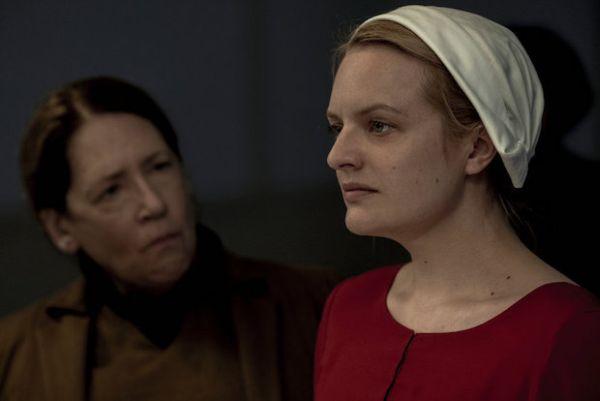 The Handmaid's Tale: la serie è stata rinnovata per una terza stagione!