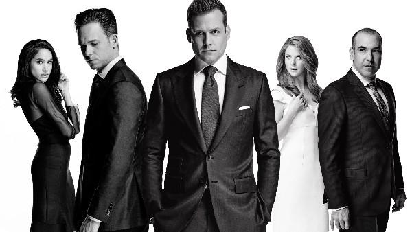 Guida serie TV del 4 ottobre: In the Dark, Arrow, Suits