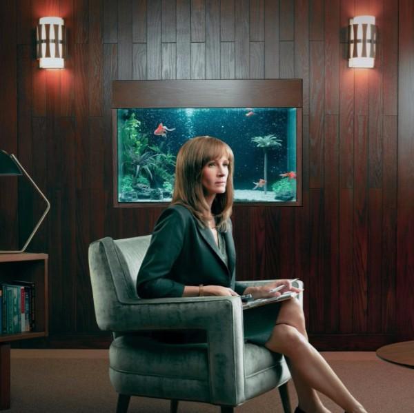 Homecoming: nuovo teaser per la serie con Julia Roberts