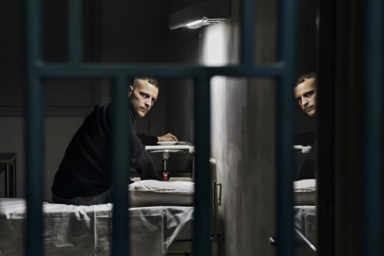 """""""Sulla mia pelle"""", uno straordinario Alessandro Borghi nel film di Netflix anche al cinema [Foto e Video]"""