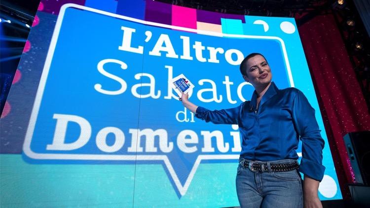 """""""L'Altro Sabato…di Domenica"""", Silvia Salemi al timone del nuovo show su Rai Premium"""