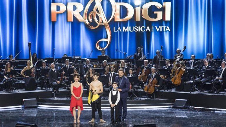 Guida Tv 30 novembre: Prodigi, Nemo – Nessuno Escluso, Scherzi a parte